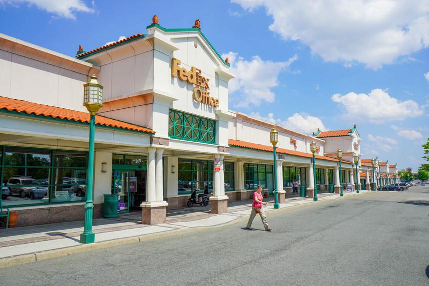 Fed Ex Shopping Center