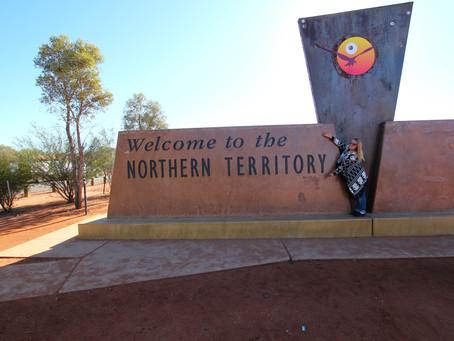 Von Coober Pedy zum Red Center - Uluru