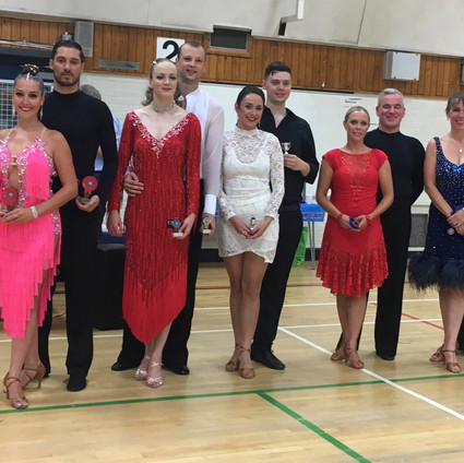 Couples U40 Up to Bronze Rumba