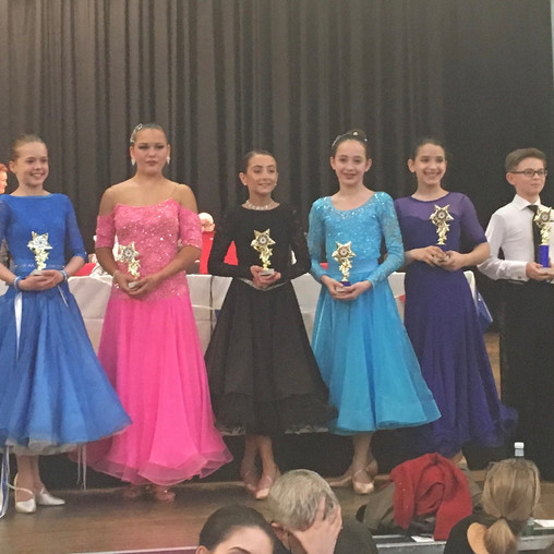 Junior 12-15yrs SDT & PBronze Waltz