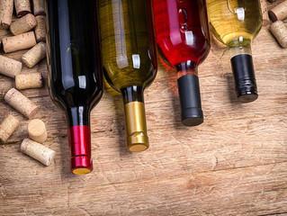 Três maneiras de abrir uma garrafa de vinho sem usar o saca-rolhas