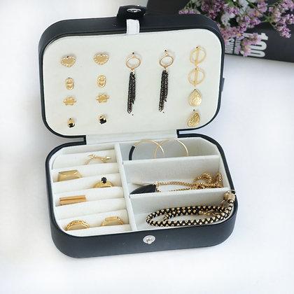 קופסת תכשיטים ג'וי   שחור