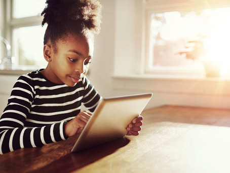 The 4 Most Dangerous Apps On the Internet for Preteens & Teens, According to the Experts
