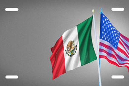 LP00299-Mexican American Flags