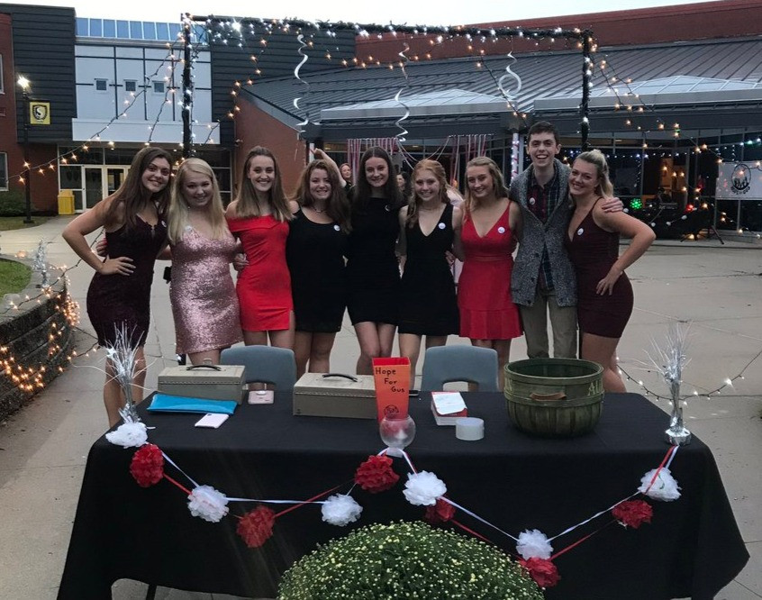 Ethics members getting ready for our first Homecoming Dance which was a huge success!