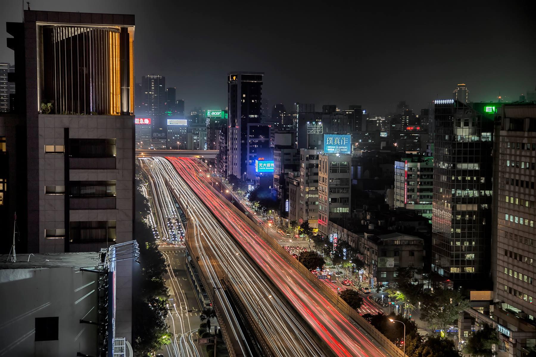 Taipei_Taiwan_Rooftop_Shot