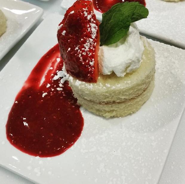 dessert strawberry.PNG