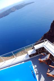 Ocean and pool views in Imerovigli