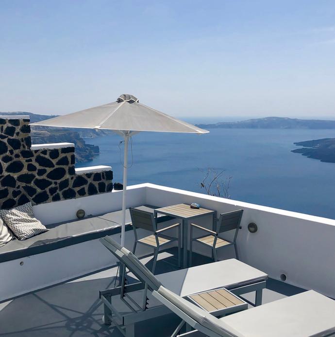 Private villa with caldera views in Imerovigli