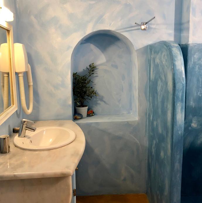 Traditional Santorini bathroom