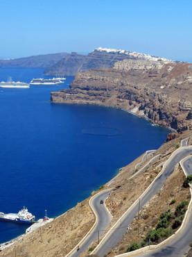 Transfers & Rentals in Santorini