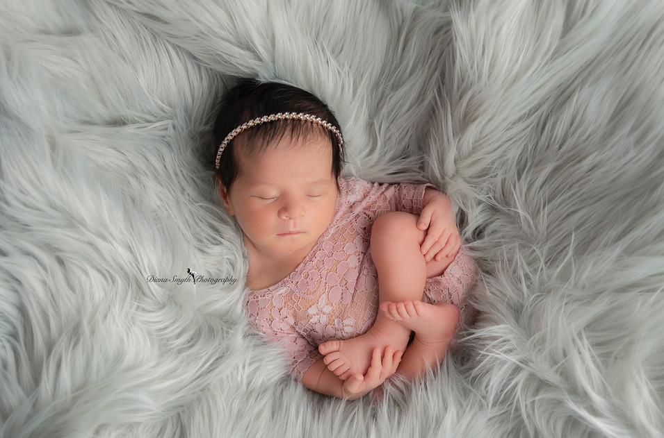 chester county newborn photographer