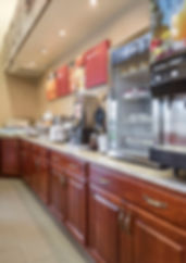 Free hot continental breakfast available at Comfort Suites of Par 4 Resort in Waupaca Wisconsin
