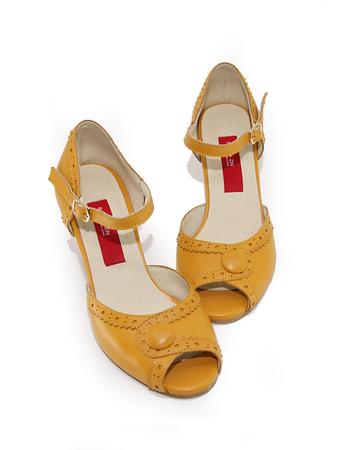 7cm-Belle-Mustard-7.png