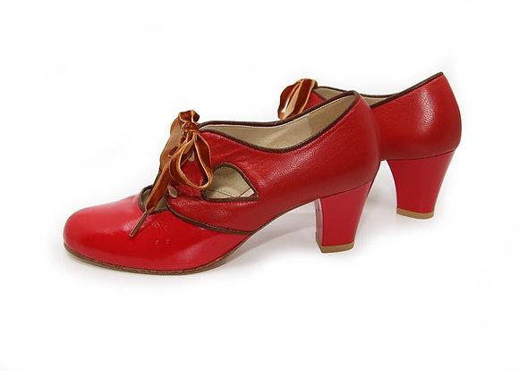 Greta - Red