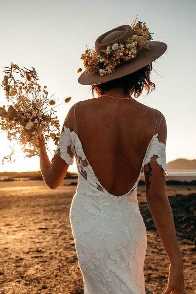 chapeau couronne de fleurs mariage