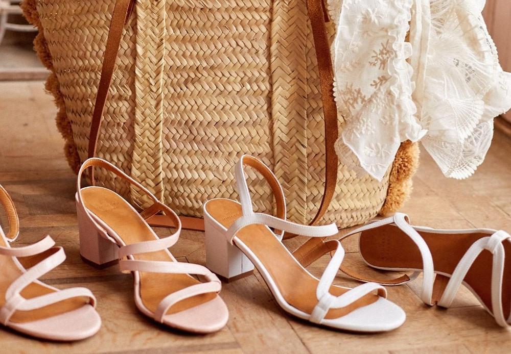 sandales talons elastiques
