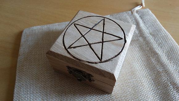 Caixinha com Pentagrama