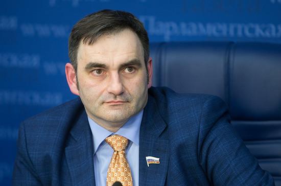 Юрий Кобзев