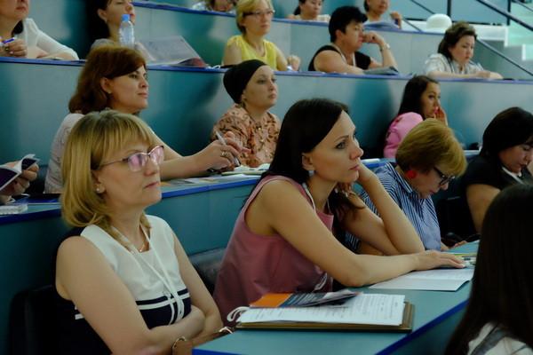 Участники паллиативного форума в Астрахани