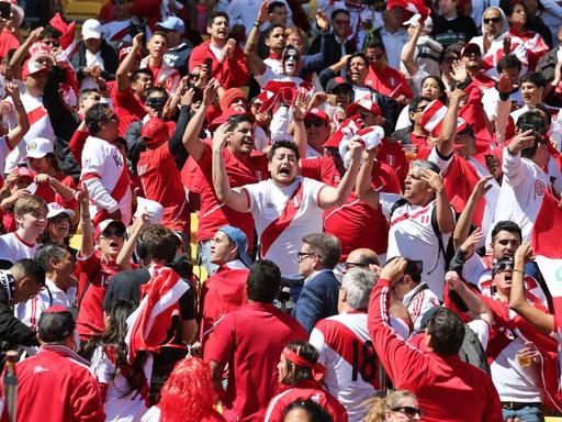 PREMIER WALTER MARTOS: PERÚ vs. ARGENTINA SERÁ SIN PÚBLICO