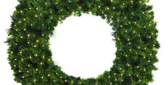 Mixed Pine Wreaths - Warm White Lighting