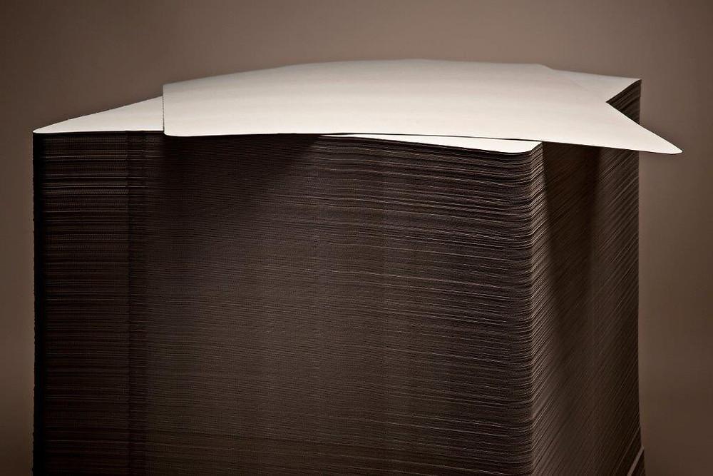 Intercalaire de palette anti-glissant en carton