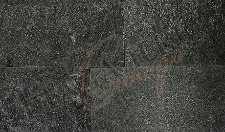 c-153C518.jpg