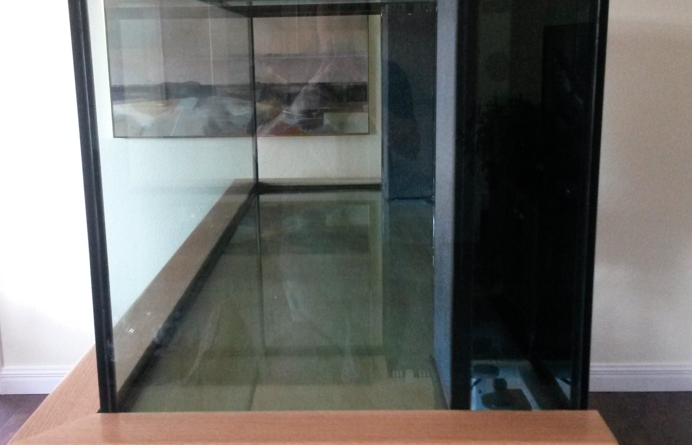 14-Side View of New Aquarium & Stand