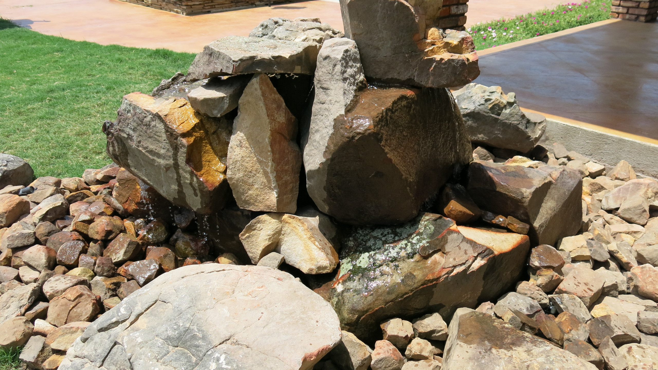 33-Side View of Water Feature