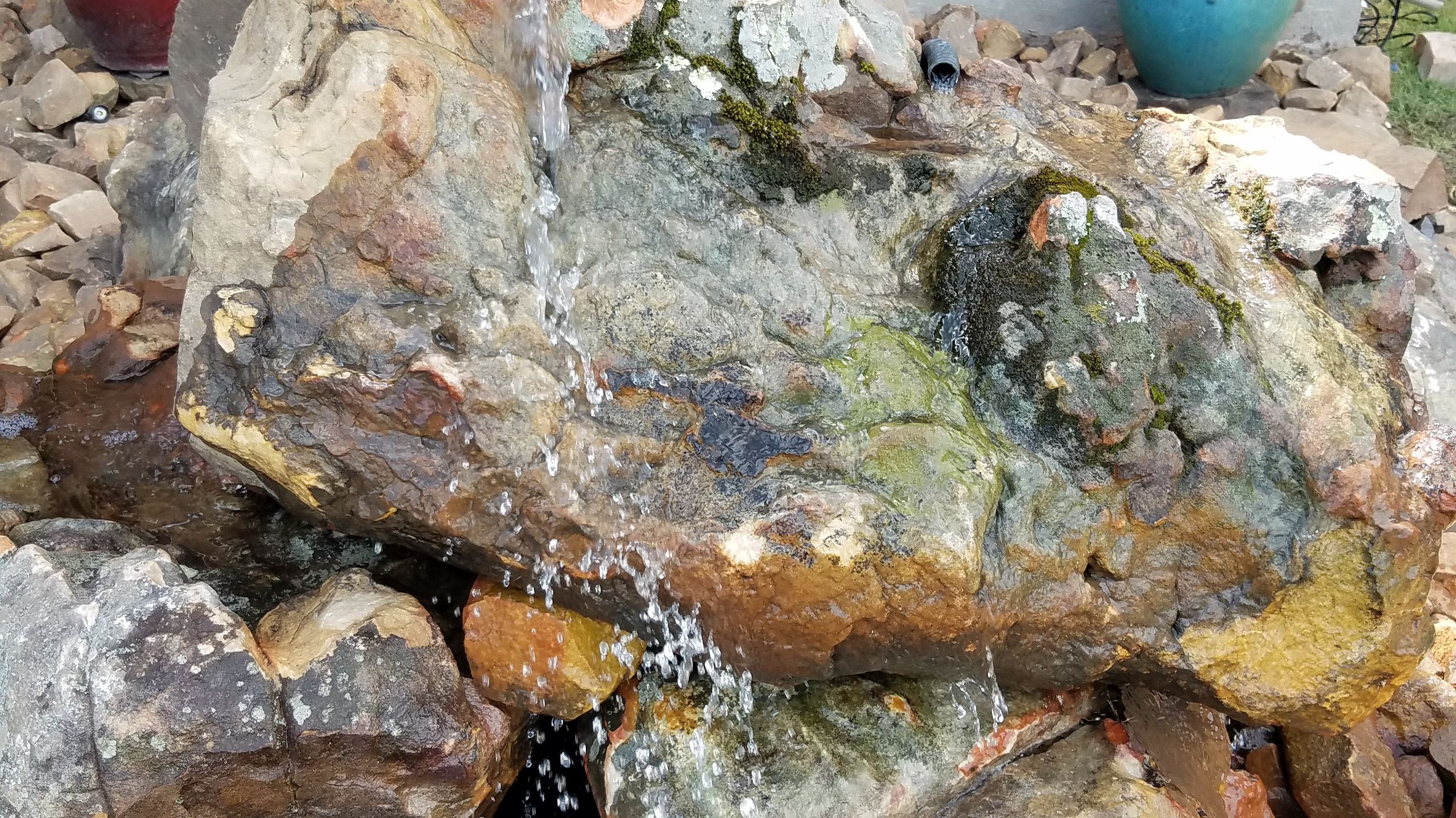 37-Close Up of Water Spillage