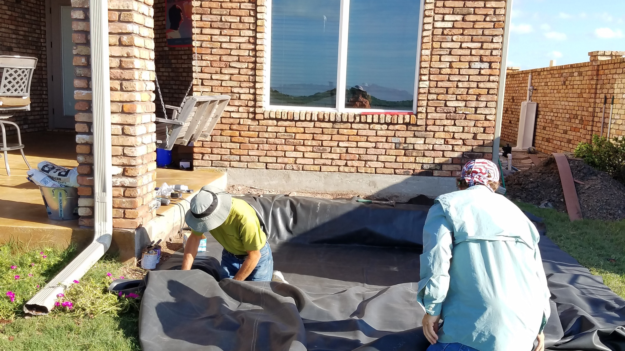 6-Laying the Underlayment & Liner