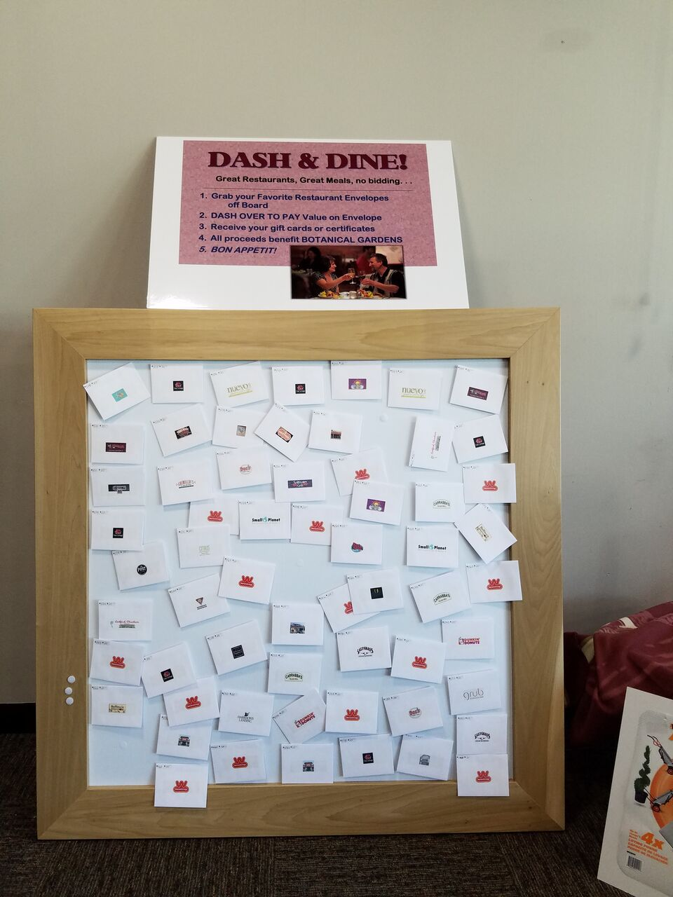 4-Dash-N-Dine Display