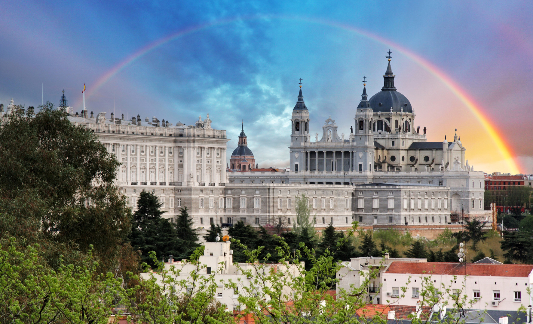 madrid dreamstime_l_37239013.jpg