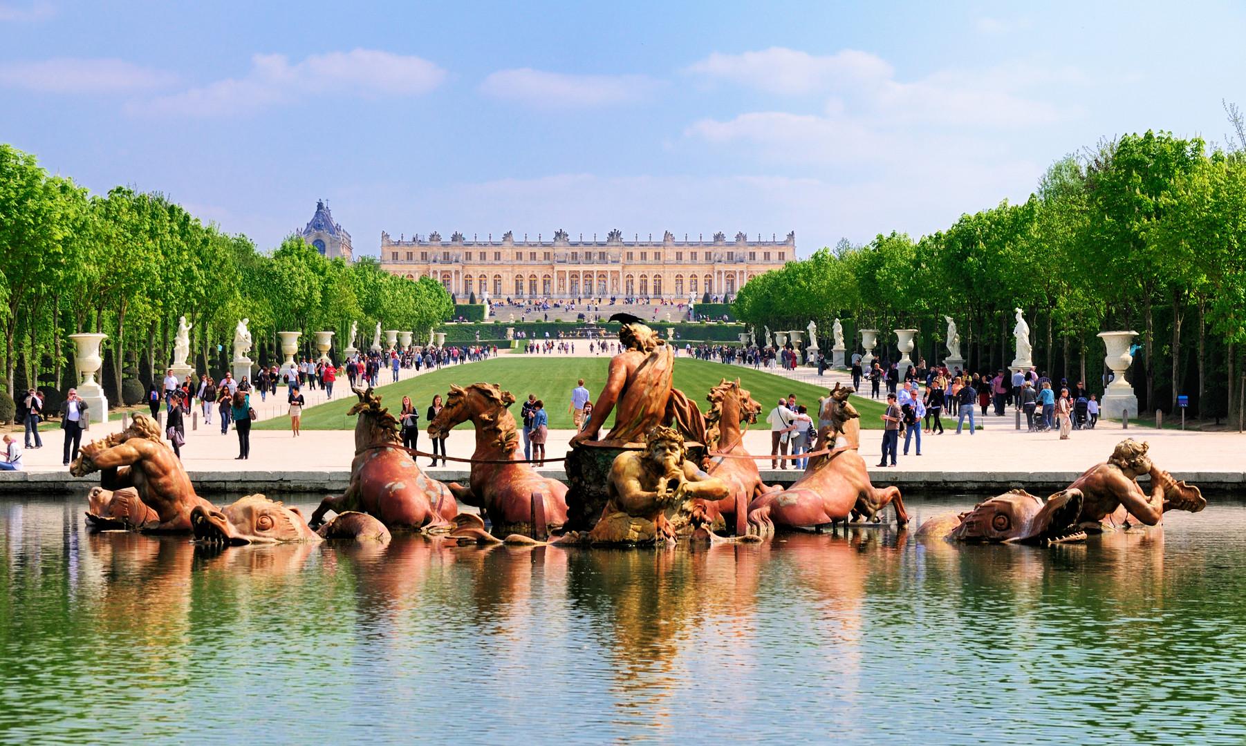 Versailles Paris dreamstime_l_20878444.j