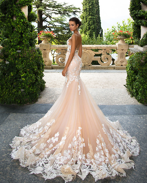 Fabulous Betty Wedding Gown Made Of Classy Lace And Gauze 3D Pattern Decoration Mermaid Silhouette Make This Dress Luxurious Irresistible