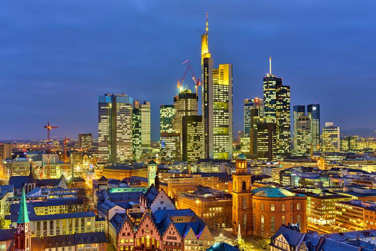 frankfurt dreamstime_xl_32916598.jpg
