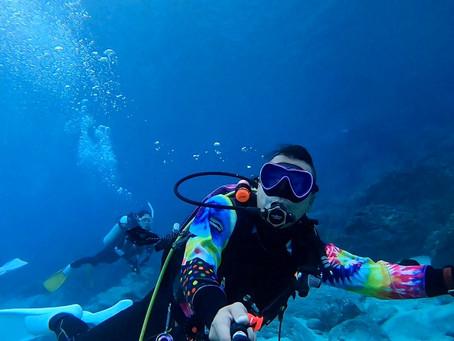 青すぎる神津島の海は最高でした〜🐠