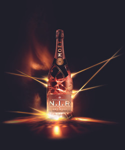 MOET - N.I.R DRY ROSE 150cl - Beautyshot (Native) [MHISWF088994 Revision-1].jpg