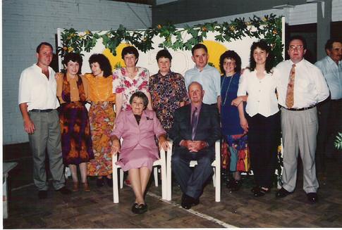 Ângelo e Adolfina Cornelli com os filhos
