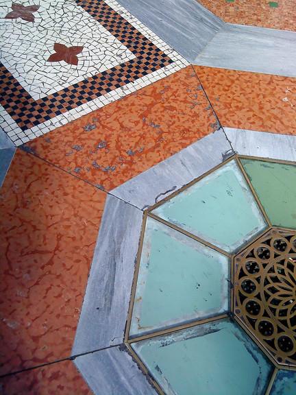 #102 mosaikgolv i milano, italien