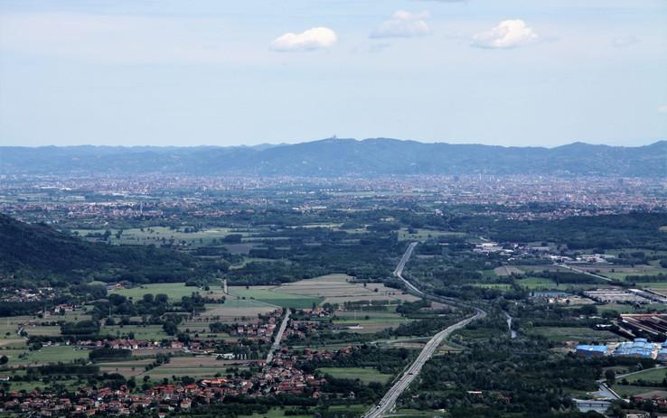 #115 utsikt över torino, italien