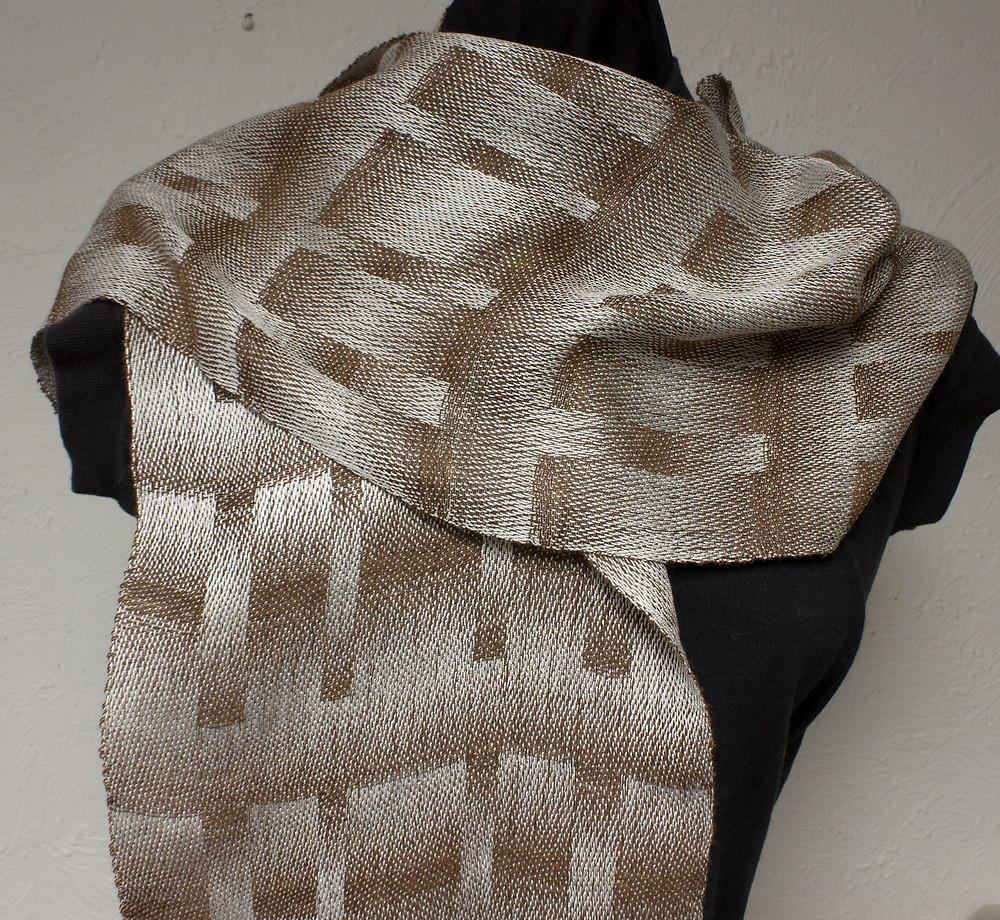 satin weave scarf brown and white second treadling