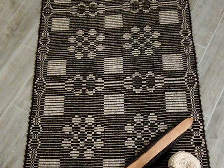 Designing Weavers:  Peggy Siders