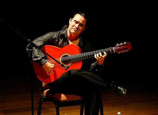 Ricardo Marlow Flamenc guitarist