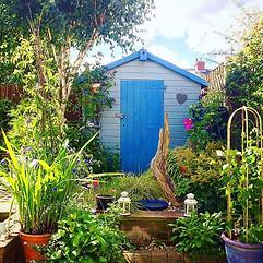 Wildlife friendly cottage garden design
