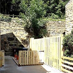 Enclosed Driveway garden design