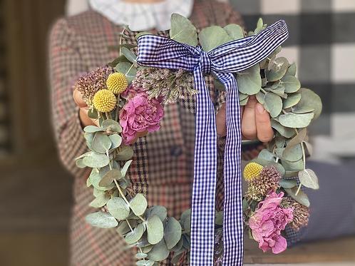 Corona de flores secas Gardenia