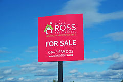 Branded estate letting agency signage design