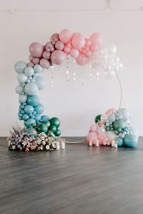 Organic Balloons Circular Arch